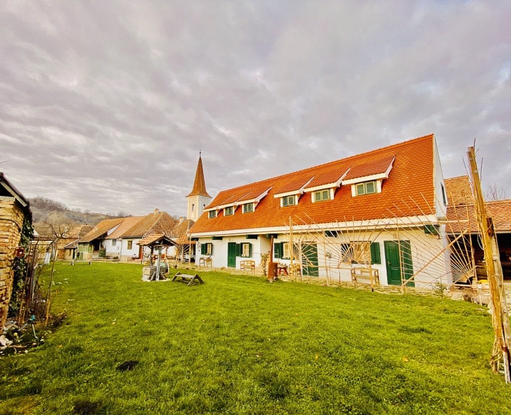 Cloasterf house